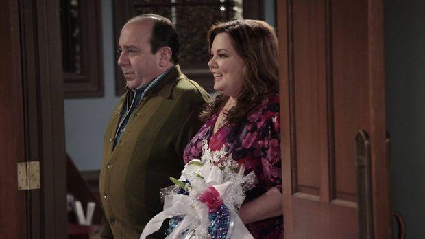 Kurz vor der Hochzeit wollen Mike und Molly mit ihren Lieben ihren großen Tag...