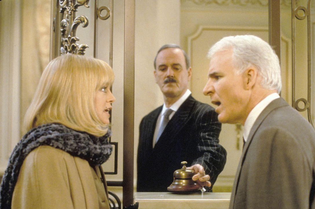 Das Sahnehäubchen: Henrys (Steve Martin, r.) und Nancys (Goldie Hawn, l.) Hotelzimmer ist natürlich auch schon vergeben ...