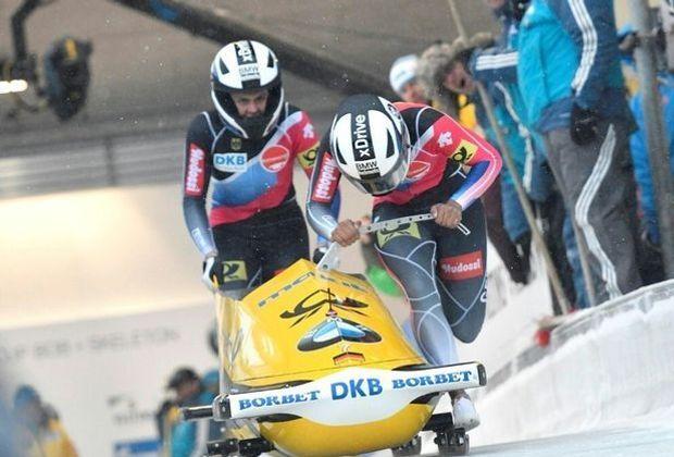 St. Moritz: Platz zwei für Mariama Jamanka (vorne)