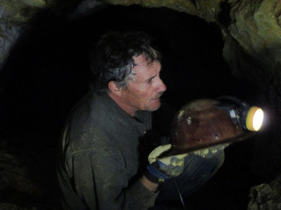 Als der Sauerstoff im 1500 Meter tiefen Stollen knapp wird, geraten Rich (Bild) und sein Kumpel Jack in Lebensgefahr ... - Bildquelle: High Noon Entertainment, 2015