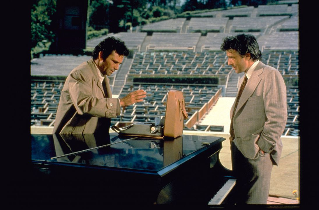 (v.l.n.r.) Columbo (Peter Falk); Alex Benedict (John Cassavetes) - Bildquelle: 1972 Universal City Studios LLLP. All Rights Reserved.
