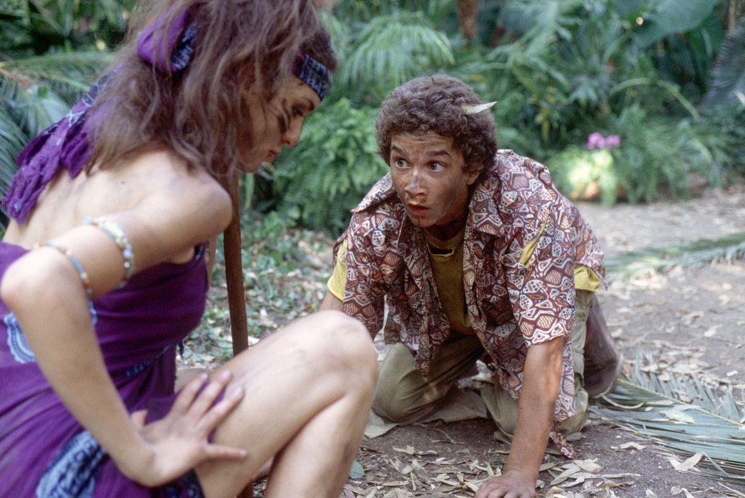 Scheinen das Unheil direkt anzuziehen: In Wirklichkeit jedoch werden Louis (Shia LaBeouf, r.), Ren (Christy Carlson Romano, l.) und die anderen Stev... - Bildquelle: The Disney Channel