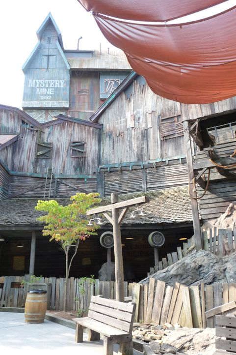 Das Highlight des Dollywood Freizeitparks in Tennessee: die Mystery Mine Achterbahn ... - Bildquelle: 2014, GAC/Scripps Networks, LLC. All Rights Reserved.