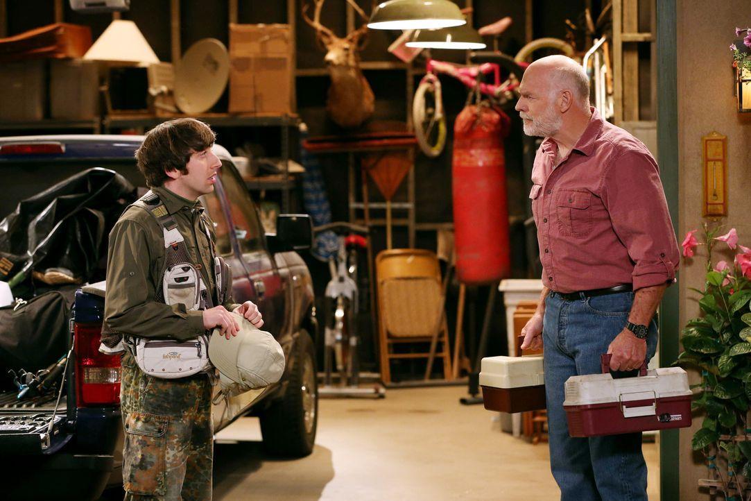 Sheldon versucht alles, um Amy wieder gesund zu bekommen, während Howard (Simon Helberg, l.) sich auf einen Angelausflug mit seinem Schwiegervater (... - Bildquelle: Warner Bros. Television