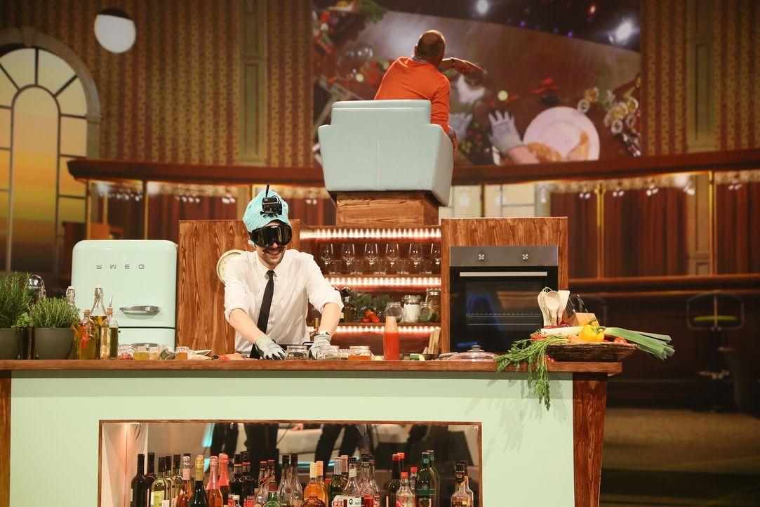 """Haben Klaas Heufer-Umlauf und sein Gast Frank Rosin mit der Kochshow """"Das Auge isst mit"""" das Rezept für beste Unterhaltung gefunden? - Bildquelle: Guido Engels ProSieben"""