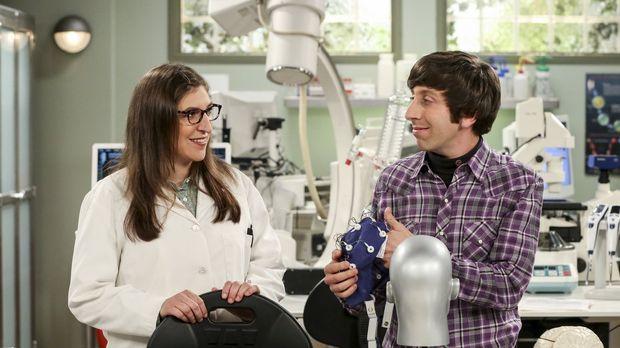 Ein neues Wissenschaftsprojekt führt Amy (Mayim Bialik, l.) und Howard (Simon...