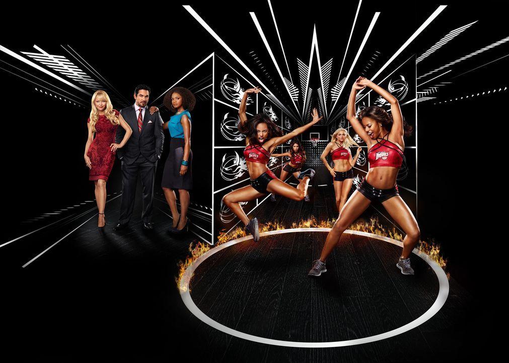 (1. Staffel) - Kämpfen um das Rampenlicht und die Aufmerksamkeit der Basketballspieler: Ahsha Hayes (Taylour Paige, r.), Kyle Hart (Katherine Bailes... - Bildquelle: 2013 Starz Entertainment LLC, All rights reserved