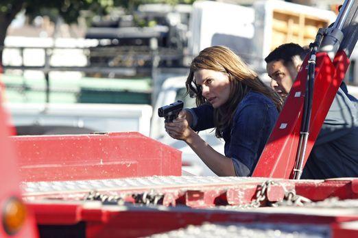 Kate Beckett (Stana Katic, l.) ist mit der schlimmsten Situation ihres Lebens...