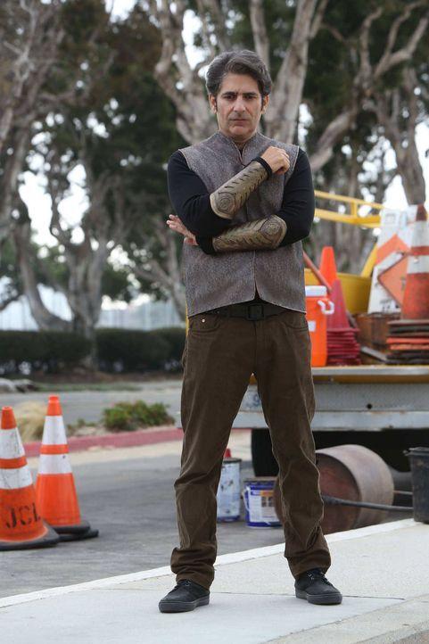 Wird es Amenadiel gelingen, nicht nur Lucifer, sondern auch Uriel (Michael Imperioli) zu täuschen? - Bildquelle: 2016 Warner Brothers
