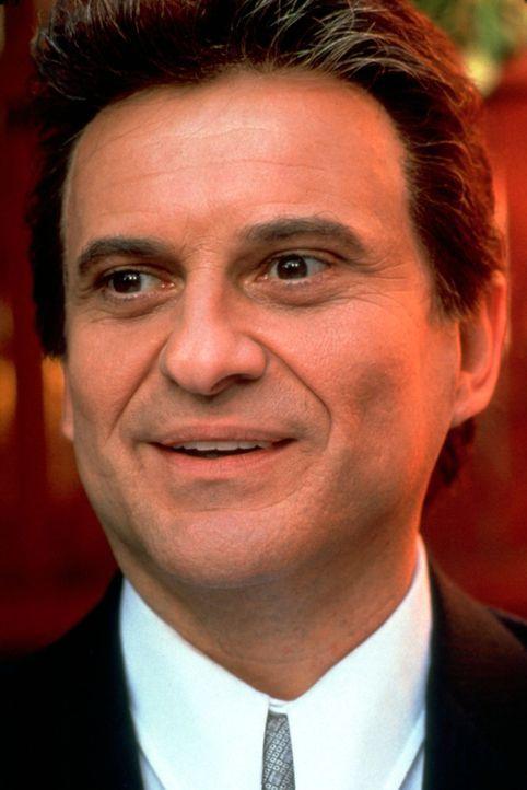 Der cholerische Tommy DeVito (Joe Pesci) ist in Mafiakreisen nicht unbekannt ... - Bildquelle: Warner Bros.