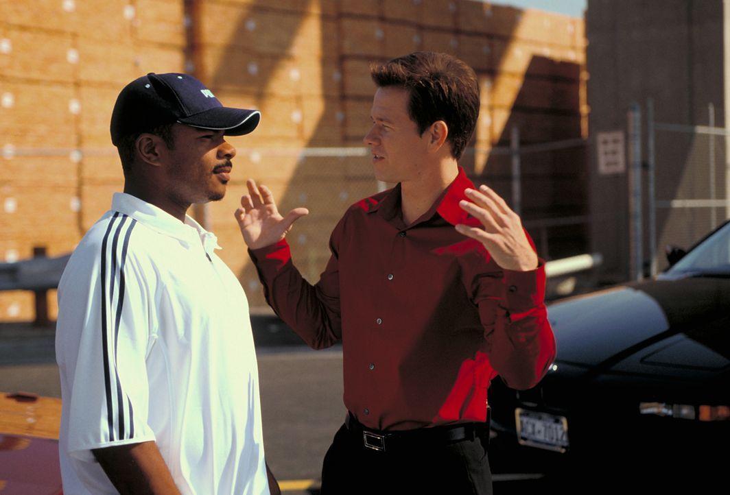 Regisseur F. Gary Gray, l. mit Mark Wahlberg r. - Bildquelle: TMG