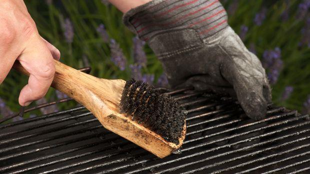 Grillrost Reinigen Hausmittel grill reinigen - wirksame mittel gegen dreck am rost