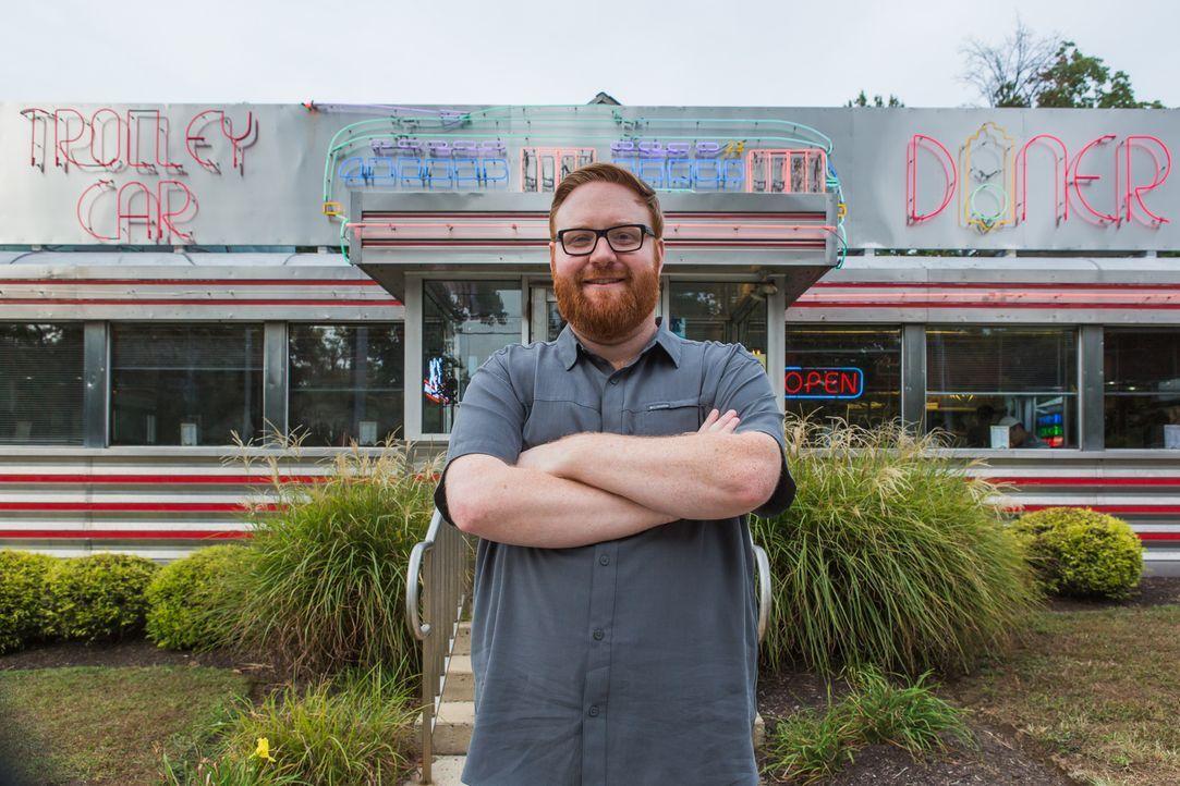 (1. Staffel) - Food-Fanatiker Josh Denny hat eine Mission: Er will die größten und leckersten Gerichte Amerikas finden. - Bildquelle: Ben Leuner 2016, Television Food Network, G.P. All Rights Reserved.