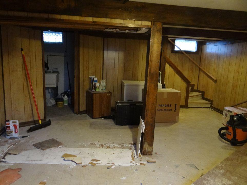 Joshs neustes Projekt: Ein dunkler Kellerraum, der in der Vergangenheit als Bar genutzt wurde, soll in ein von der Natur inspiriertes Schlafzimmer v... - Bildquelle: 2012, DIY Network/Scripps Networks, LLC.  All Rights Reserved