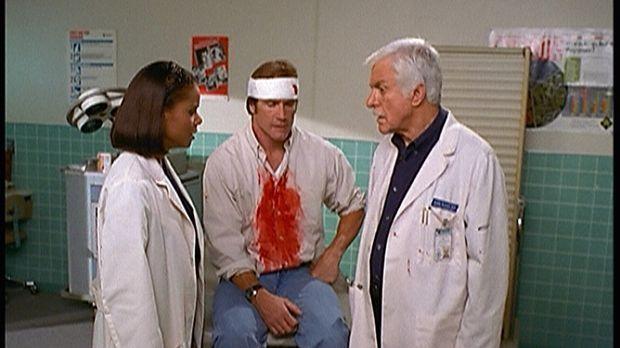 Steve (Barry Van Dyke, M.) hat keine Lust mehr, bei der Katastrophenübung den...