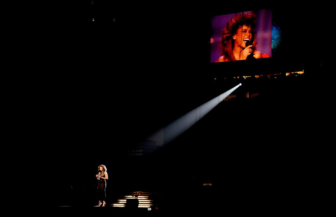 jennifer-hudson-houston-12-02-12-afpjpg 1700 x 1101 - Bildquelle: AFP
