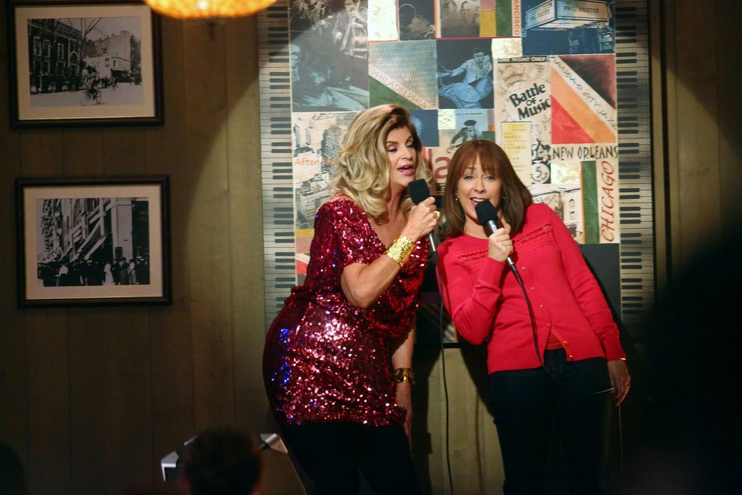Pam (Kirstie Alley, l.); Frankie (Patricia Heaton, r.) - Bildquelle: Warner Brothers
