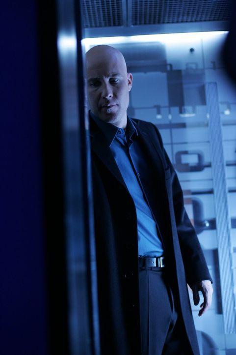 Während Clark mit einer Erkältung zu kämpfen hat, wird Lex (Michael Rosenbaum) entführt ... - Bildquelle: Warner Bros.