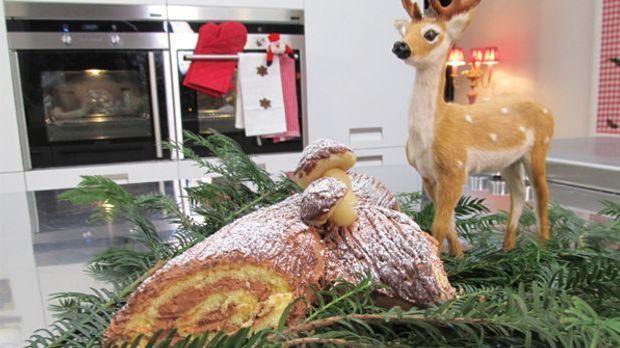 Hinter dem französischen Rezept der Bûche de Noël versteckt sich eine Biskuit...