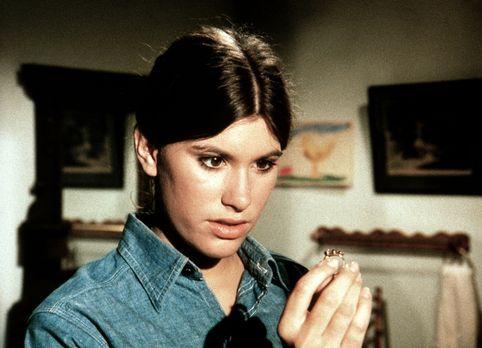 Die Waltons - Für den Collegeball hat Mary Ellen (Judy Taylor) bei einem Tröd...