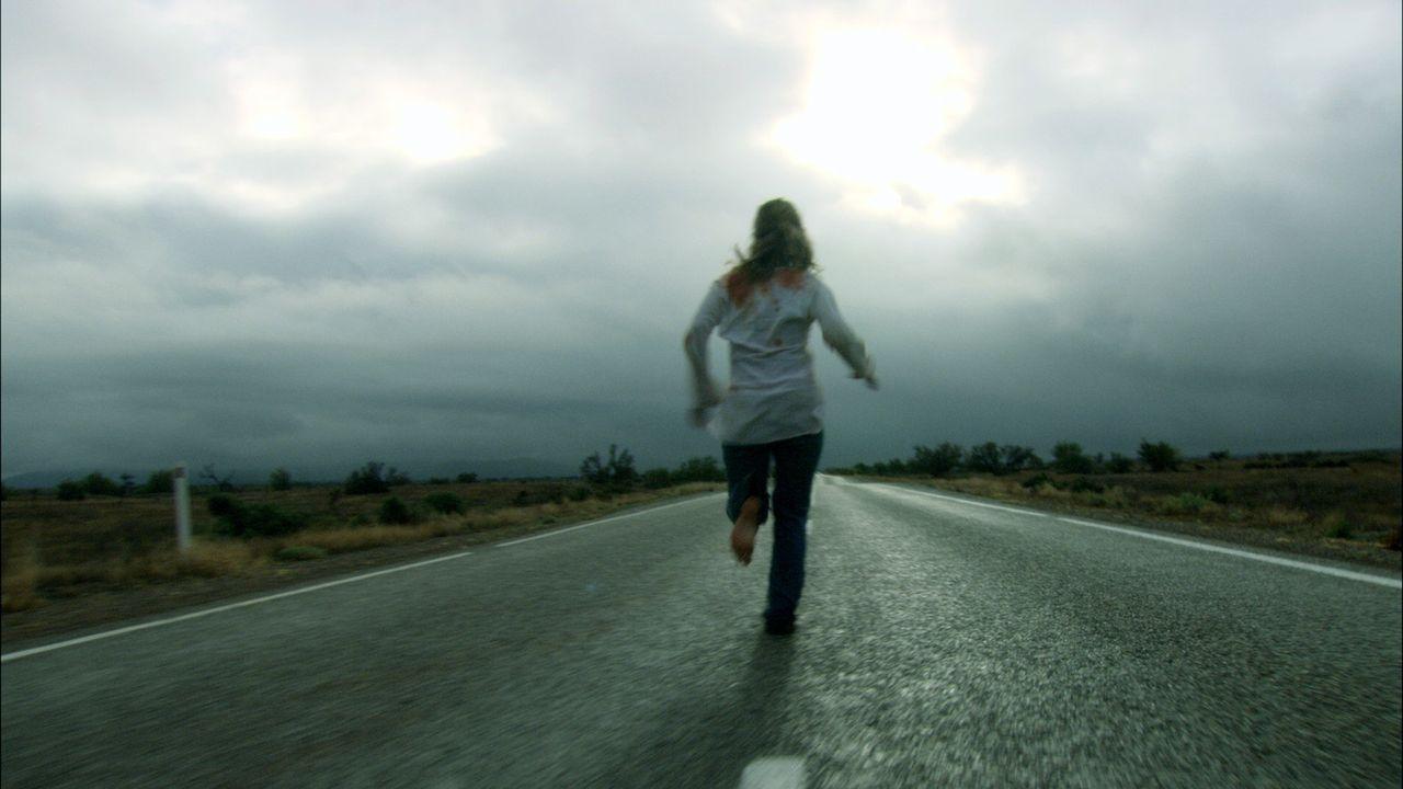 Kristy (Kestie Morassi) auf der Flucht vor einem total Verrückten ... - Bildquelle: Kinowelt