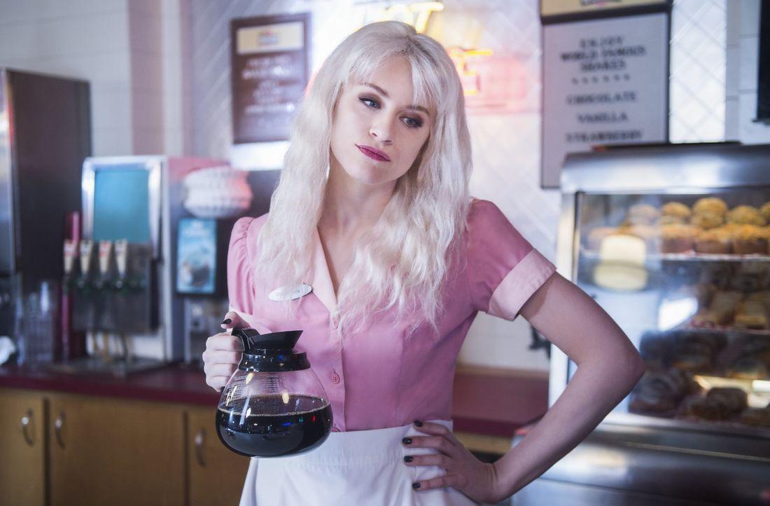 Als Supergirl nicht mehr weiter weiß, rekrutiert sie sogar ihre ehemaligen Feindinnen Leslie alias Livewire (Brit Morgan) und Psi. Doch haben diese... - Bildquelle: 2017 Warner Bros.