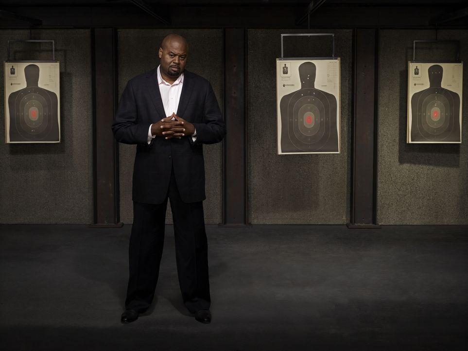 (1. Staffel) - Unterstützt Christopher Chance bei seinen Aufträgen: sein Geschäftspartner und ehemaliger Polizist Winston (Chi McBride) ... - Bildquelle: Warner Brothers