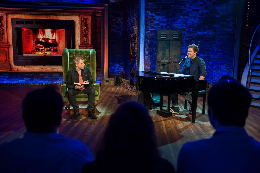 """""""LUKE! Die Woche und Ich"""": Dieses Mal hat Luke (r.) Comedian Michael Mittermeier (l.) zu Besuch ... - Bildquelle: SAT.1/Steffen Z Wolff"""