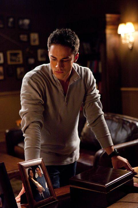 Unkontrollierte Wutausbrüche bestimmen derzeit Tylers (Michael Trevino) Leben, ob der sagenumwobene Familien Fluch der Lockwoods etwa auch auf ihm l... - Bildquelle: Warner Brothers