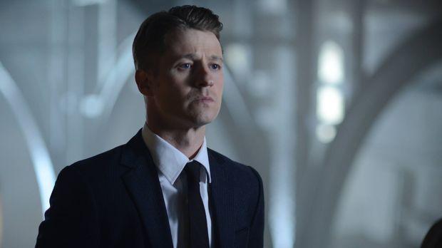 Nathaniel Barnes beginnt seine Arbeit als neuer Captain der GCPD und stellt a...
