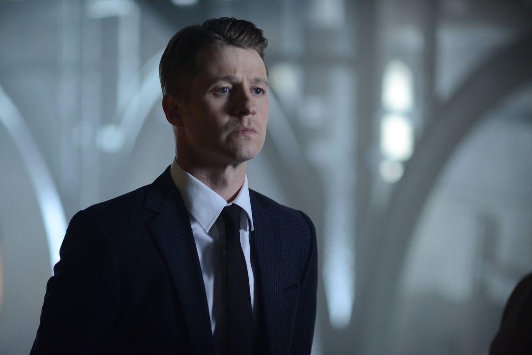 Nathaniel Barnes beginnt seine Arbeit als neuer Captain der GCPD und stellt als erste Amtshandlung eine neue Sondereinheit unter der Leitung von Jim... - Bildquelle: Warner Brothers