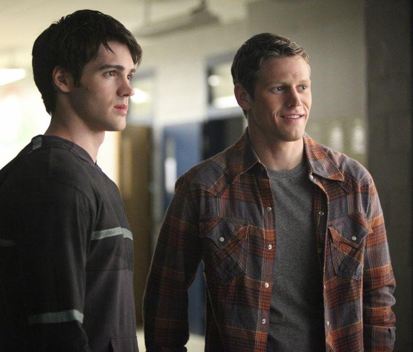 Jeremy und Matt - Bildquelle: Warner Bros. Entertainment Inc.