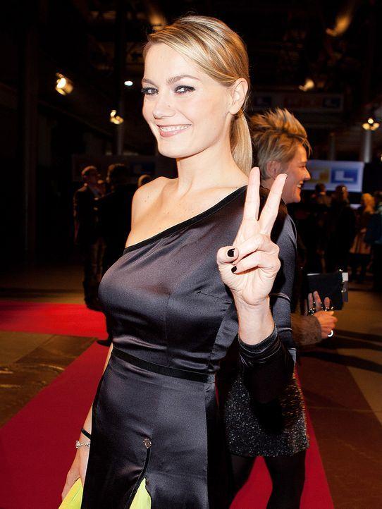 martina-hill-11-10-18-comedypreis-WENN - Bildquelle: WENN