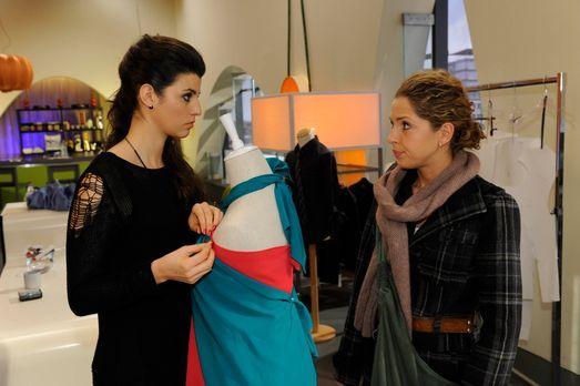 Anna und die Liebe - Luca wirft Nina (Maria Wedig, r.) vor, sie sei schuld an...