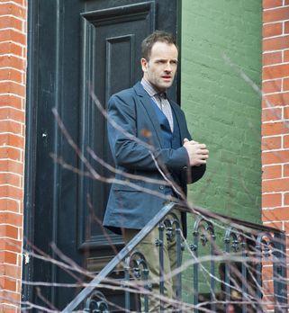 Elementary - Während seiner Beurlaubung durch das NYPD ermittelt Sherlock (Jo...