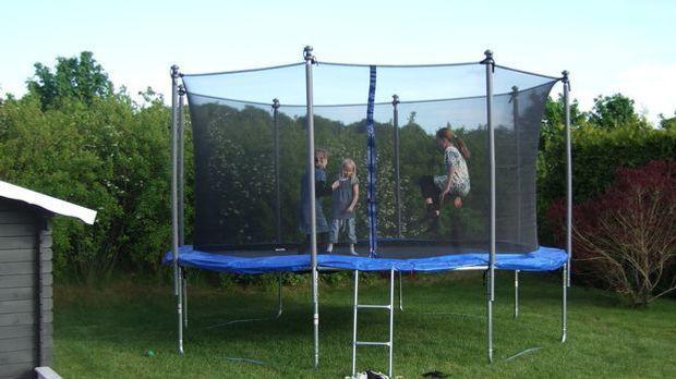trampoline-182214