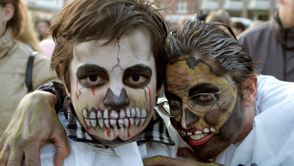 Halloween-Kostüm: Skelett - Bildquelle: dpa