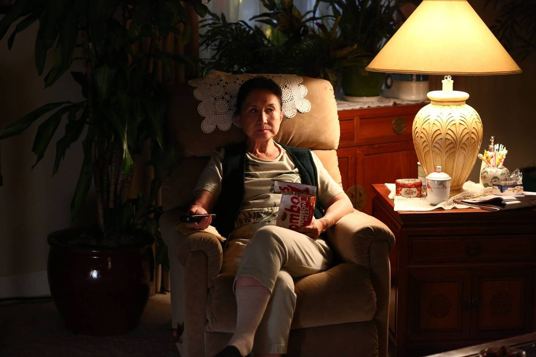 Wie wird sie ihr neues Leben meistern? Grandma Huang (Lucille Soong)  ... - Bildquelle: 2015 American Broadcasting Companies. All rights reserved.