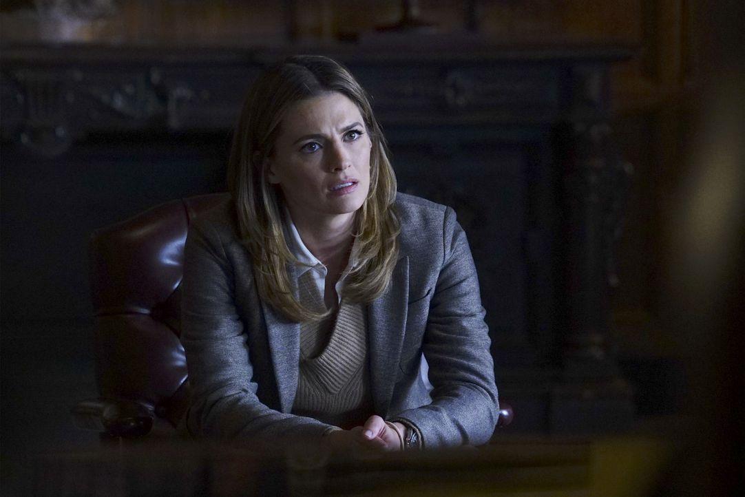 Schafft es Kate (Stana Katic), die hohen Tiere bei der NYPD zu überzeugen, sie zu befördern? - Bildquelle: Richard Cartwright ABC Studios