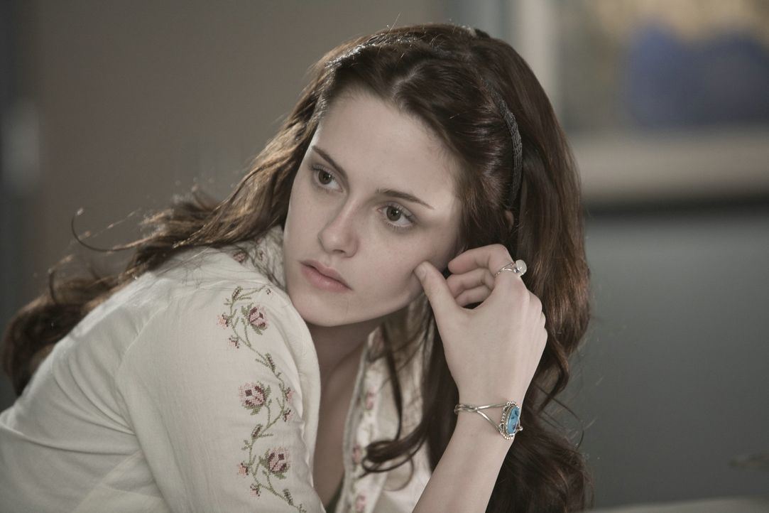 Verliert ihr Herz an einen Vampir: Bella (Kristen Stewart) ... - Bildquelle: 2008 Summit Entertainment, LLC All Rights Reserved