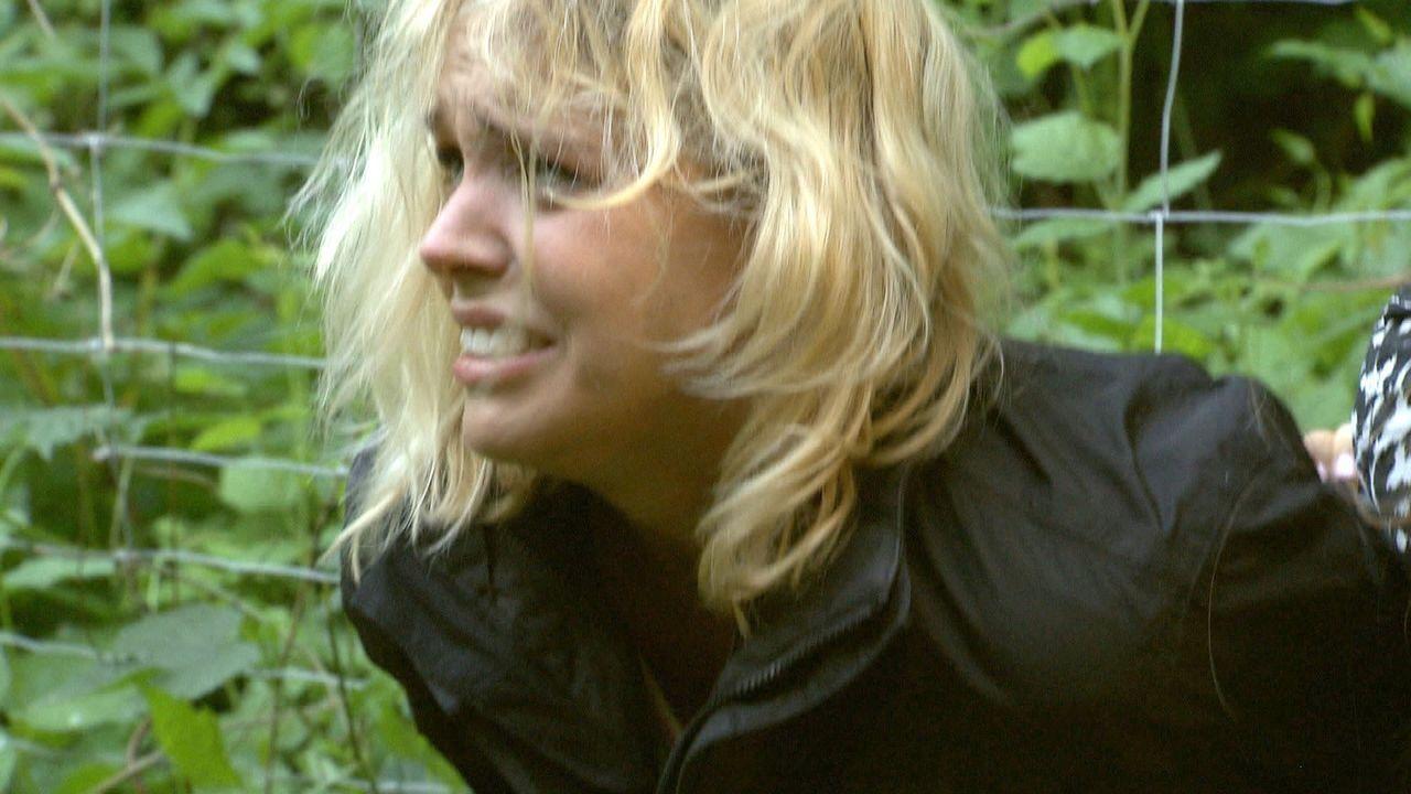 Ihre Neugier wird Jenny zum Verhängnis: Eine Schlepperbande will die Hobbydetektivin lebend verbrennen ...