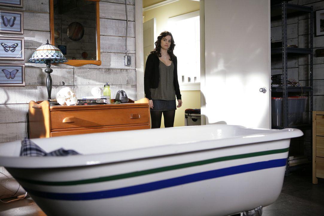 Sie hat einen klaren Auftrag und geht jedes Risiko ein, um ihn zu erfüllen: Jessie (Jaimie Alexander) schleicht sich deshalb in das Zimmer von Kyle... - Bildquelle: TOUCHSTONE TELEVISION