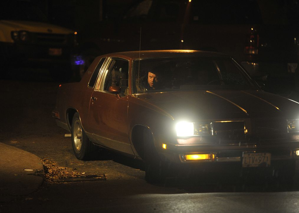 Kaltblütiger Plan: Mörder Andre Giggs (Foto) wartet im Auto auf sein 29-jähriges Opfer Renée Rondeau. Er folgt ihr bis zu ihrer Wohnung und ermordet... - Bildquelle: Jag Gundu Cineflix 2012