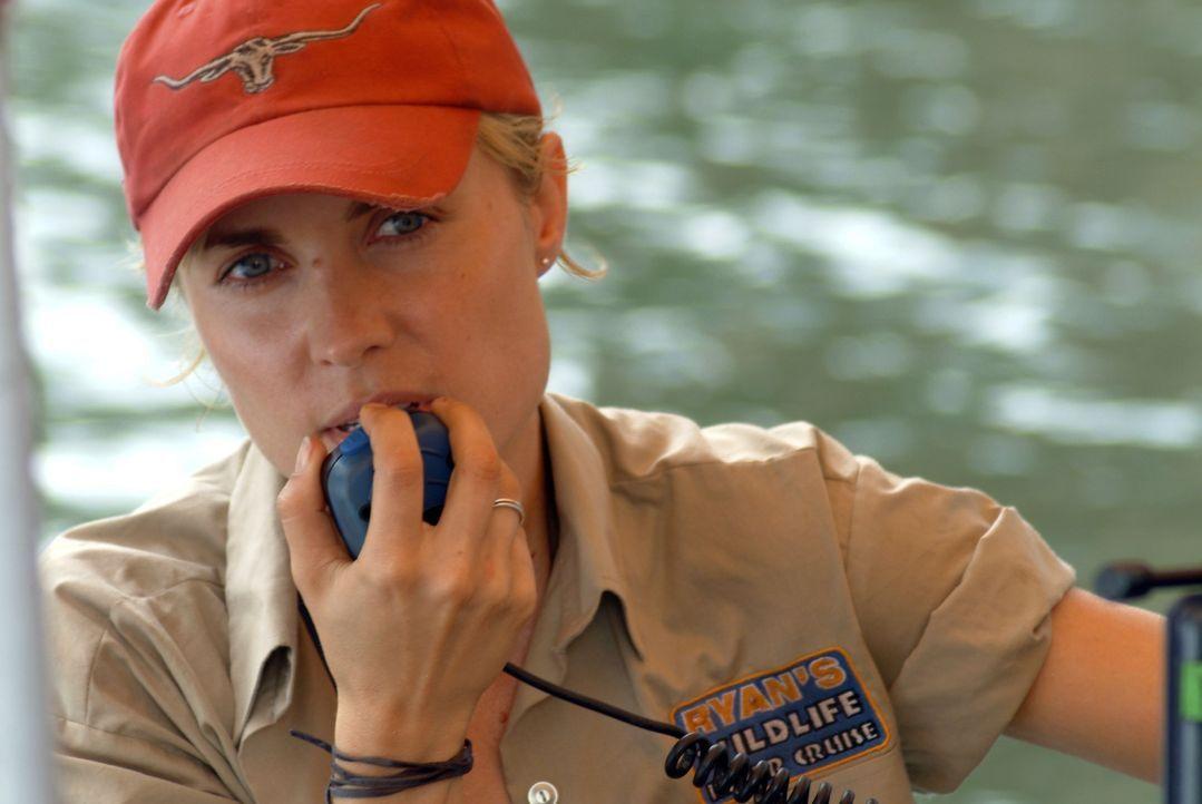 Noch ahnt die attraktive Bootsführerin Kate (Radha Mitchell) nicht, dass in den unbekannten Gewässern eine hungrige monströse Panzerechse auf sie un...