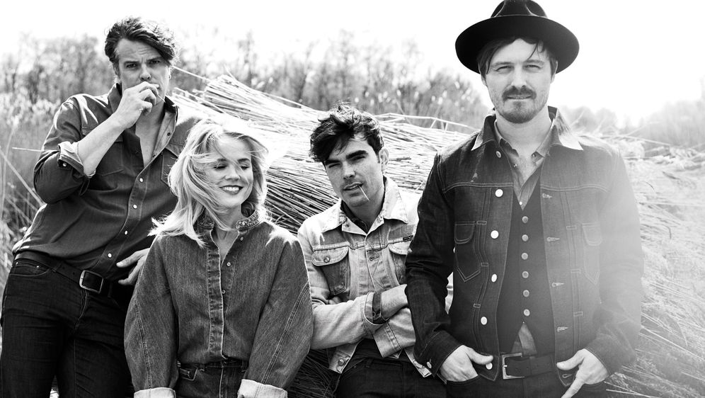 "The Common Linnets präsentieren das Video zur Single ""We Don´t Make The Wind... - Bildquelle: @Universal"