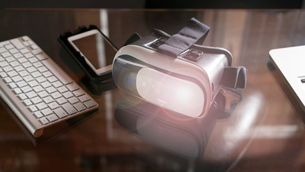 Das sind die besten Gadgets für VR - Bildquelle: iStock
