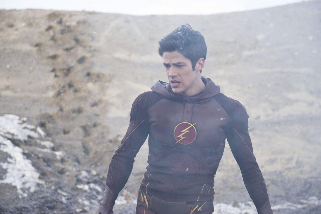 Noch aht Barry alias The Flash (Grant Gustin) nicht, welche Schwierigkeiten ihm der General noch machen wird ... - Bildquelle: Warner Brothers.