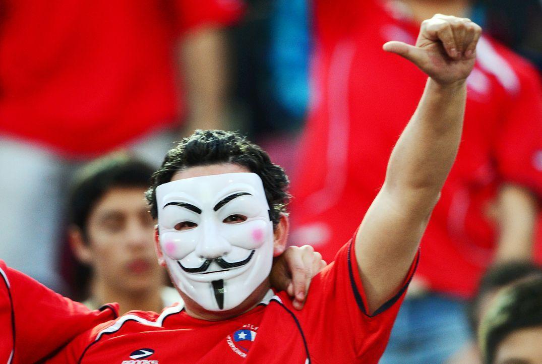 Fussball-Fans-Chile-121016-AFP - Bildquelle: AFP