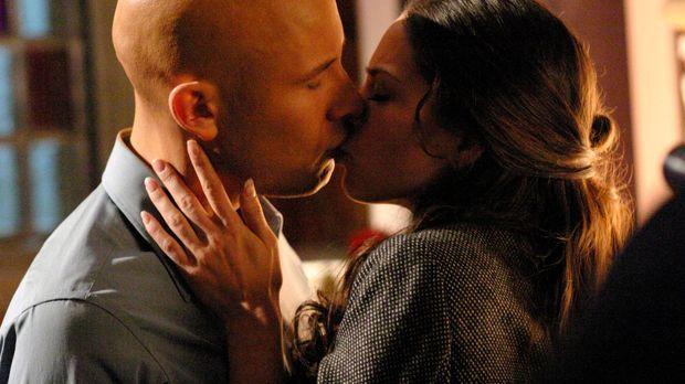 Als Chloe erfährt, dass Lana (Kreuk Kristin, r.) und Lex (Michael Rosenbaum,...
