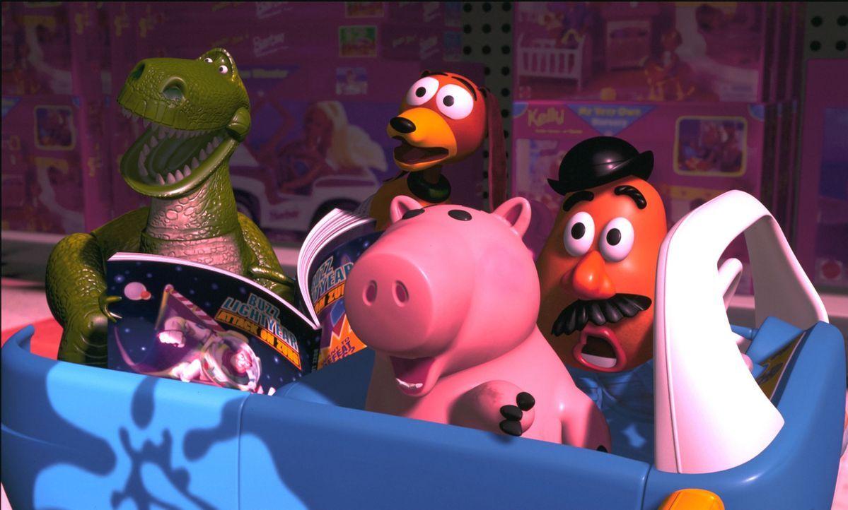 Während Buzz und einige andere Spielzeuge nach Woody suchen, ist dieser plötzlich gar nicht mehr so wild darauf, ins heimatliche Kinderzimmer zurück... - Bildquelle: Buena Vista International Television